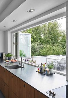 Kochen mit Genuss: Moderne Küche Fenster Ideen - Cooking with Enjoyment: Modern Kitchen Window Ideas - House Design, Gorgeous Kitchens, Home Decor Kitchen, House Interior, Beautiful Kitchens, Home Kitchens, Home Decor, Kitchen Window Design, Modern Kitchen Window
