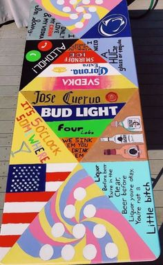 17 Creative Painted Beer Pong Table Ideas - Page 3 of 17 Custom Beer Pong Tables, Beer Table, Diy Table, Vsco, Kunst Party, Tableau Pop Art, Fun Drinking Games, Cooler Painting, Frat Coolers
