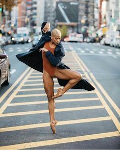 Image uploaded by Ballet. Find images and videos about girl, photography and woman on We Heart It - the app to get lost in what you love. Black Dancers, Ballet Dancers, Dancers Body, Black Girl Magic, Black Girls, Black Ballerina, Dance Movement, Dance Poses, Ballet Photography
