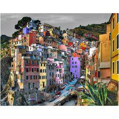 Love the colors! Riomaggiore, Italy