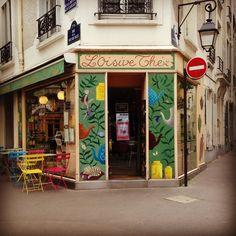 L'Oisivethé, Salon de thé et Tricot. 10, rue de la Butte aux Cailles, 75013 Paris, Feance. ~  www.loisivethe.com ~