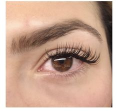 Bronzed Humanity offers Luxury Semi Permanent Eyelash Extensions and Lash Lifts. Custom Bellalash lash extensions done by a Experienced Licensed Lash Artist. Natural Fake Eyelashes, Perfect Eyelashes, Best Lashes, Permanent Eyelash Extensions, Eyelash Extensions Styles, Whispy Lashes, Botox Lips, Best Eyelash Curler, Aesthetic Eyes