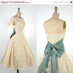 SALE Vintage Short Lace Wedding Dress / 1950s Cream Party Dress via Etsy