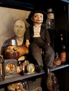 """Antique """"Willie Talk"""" Ventriloquist's Dummy > http://puppet-master.com - THE VENTRILOQUIST ASSISTANT Become a new legend of the ventriloquism world with minimal time waste!"""
