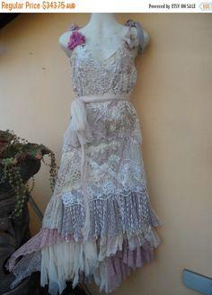 "20%OFF wedding dress bohemian lagenlook gyspy vintage boho ...medium to firmer 40"" bust.."