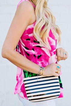 Caitlin of Dash of Darling looking bright and fresh in her KSNY summer accessories.