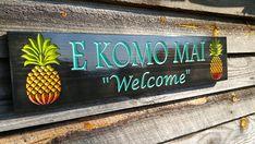 Aloha Hawaiian Decor Pineapple Welcome