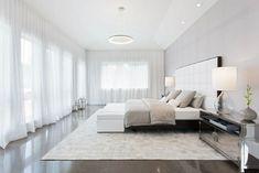 Weniger Ist Mehr Und Dieses Riesige Schlafzimmer Ist Das Perfekte Beispiel  Dafür, Wh