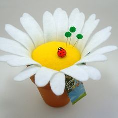 White Daisy Flower Pincushion