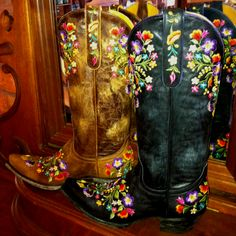 Old Gringo Sora Cowgirl Boots. RiverTrail Mercantile, North Carolina.