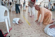 By Satyaraja Dasa Honesty and truthfulness, then, are two essential elements of humility. They manifest as one's ability to honestly assess oneself, to recognize and admit one's own fau…