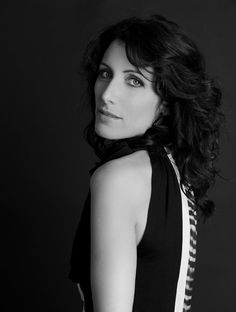 new/old fabulous pics of Lisa Edelstein from the famous photoshoot by Manfred Baumann