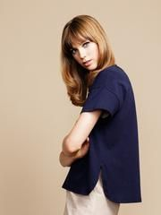 say hi to the not-your-everyday, everyday t-shirt. in soft japanese cotton that will become even softer over time, this style has a flattering boxy fit and a sp