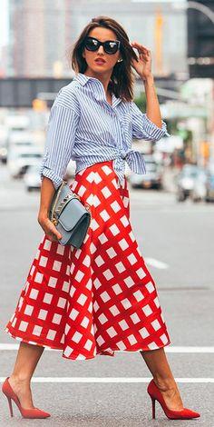 Checkered Midi Skirt Fall Inspo by Lovely Pepa Supernatural Style Fall Skirts, Red Skirts, Skirt Outfits, Dress Skirt, 30 Outfits, Red Shoes Outfit, Outfits With Red Shoes, Outfit Trends, Maxi Skirts