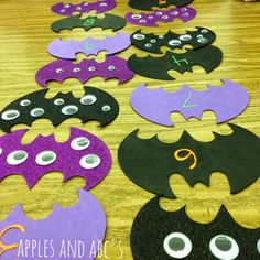 googly eye counting math center for Halloween.  Count the eyes and match it to the number!