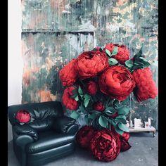 Весна пришла, весне дорогу Девочки, скоро на праздник И в честь него, только 3 дня 6/7/8 марта скидка 50% на пакет из 3х видео уроков Пышный пион+бутон Роза из изолона Роза из дизайн бумаги+гортензия. . Старая цена 8500, цена по акции 4250. Для приобретения, большая просьба пишите сразу де мне в директ с пометкой 8марта.