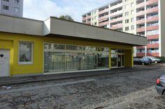 Filiale Nr. 102, Schrödingerstraße 4b: hohe Häuser der Mariensiedlung riefen einst nach dem typischen Flachbau eines Supermarktes (den damals niemand noch so nannte).