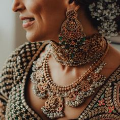 The Prettiest Fusion Jewellery Pieces We Spotted On Real Brides! Indian Wedding Jewelry, Indian Jewelry, Bridal Jewellery, Indian Bridal, South Indian Bride Jewellery, Latest Jewellery, Gold Jewellery, Silver Jewelry, Royal Jewelry