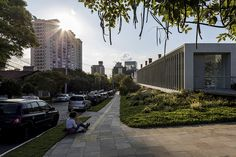 Gallery of Ling Institute / Isay Weinfeld - 7