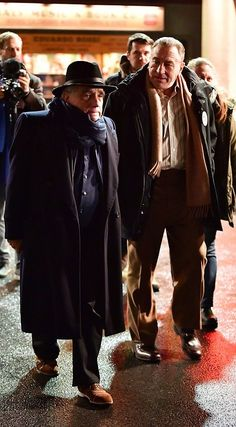 Robert De Niro, Joe Pesci, Martin Scorsese and Al Pacino reunite for the Irishman Al Pacino, Martin Scorsese, Irish Men, Hipster, Fictional Characters, Dresses, Style, Fashion, Robert De Niro