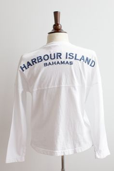 Oh India Hicks, you make me wanna move to the Bahamas <3