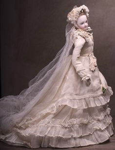 "18"" Very rare Fully original French Fashion Jumeau wedding couple with from respectfulbear on Ruby Lane"