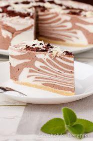 Sernik kakaowo-waniliowy na zimno Good Food, Yummy Food, Polish Recipes, Russian Recipes, Baking Tips, Keto Snacks, Cheesecakes, Vanilla Cake, Sweet Recipes