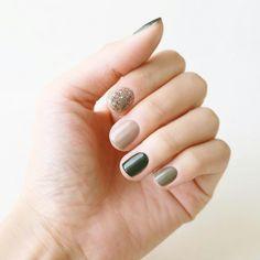 ★ #glitter #grey #green ★