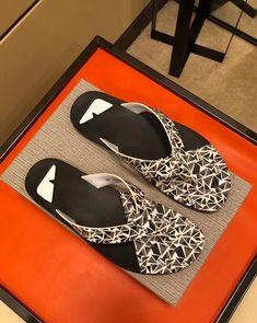 Flip Flop Shoes, Flip Flops, Pinterest Photos, Fendi, Men's Shoes, Slippers, Shoulder Bag, Sandals, Bags