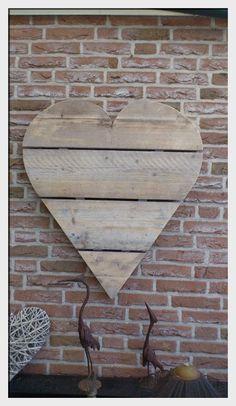 Hart van steiger hout - Leuk met haakjes eraan voor sieraden!