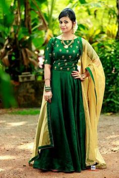 1fd6e3bce2d576 Traditional Skirts, Crop Top Designs, Green Gown, Anarkali, Lehenga,  Punjabi Suits, Woman Clothing, Indian Designer Wear, Indian Dresses