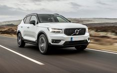 Volvo XC40, 2018, compact crossover, 4k, front view, exterior, new white XC40, Swedish cars, Volvo