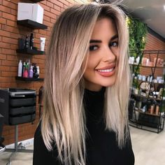 Blonde Hair Looks, Honey Blonde Hair, Blonde Hair With Highlights, Brunette Hair, Baylage Blonde, Cheveux Beiges, Blonde Hair Extensions, Grunge Hair, Balayage Hair