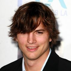 Ashton Kutcher Mens Celebrity Hairstyles Mens celebrity hairstyles include Ashton Kutcher with a longer mens hairstyle and flipped long side fringe, trendy and popular Undercut Hairstyles, Celebrity Hairstyles, Hairstyles With Bangs, Men's Hairstyle, Ashton Kutcher, Level 5 Hair Color, Wig Styles, Long Hair Styles, Virtual Hairstyles