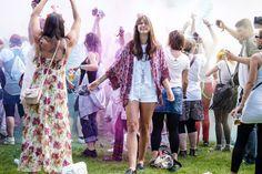 Holi Festival Berlin with Bershka  #whaelse #outfit #streetstyle #fashionblog #modeblog #blogger #style #inspiration #festival #bershka #holifestival #summer #kimono #allwhite #espadrilles