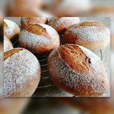 Homemade Hamburger Buns, Homemade Hamburgers, Bread Rolls, Bread Baking, Baked Potato, Bread Recipes, Bakery, Sweets, Ethnic Recipes