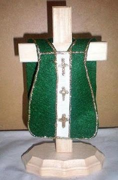 Teaching Liturgical Colors to Kids- Catholic Craft