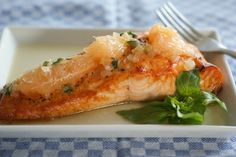 Roasted Salmon with Grapefruit Basil Sauce  @SwissPaleo