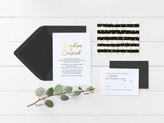 Invitations de mariage chic de la collection « abstraction » avec texture lignes et pois, parfaites pour un mariage dhiver. - Je vous invite à me contacter pour plus de détails. Vous pouvez également commander la quantité de votre choix si elle ne se retrouve pas dans les options.