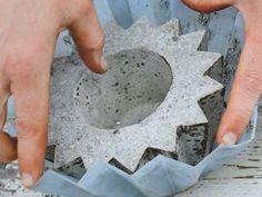 El concreto es uno de los materiales más populares en la actualidad en el mundo de la decoración, pues otorga un toque industrial y...
