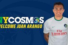 <p>28/01/2016/EFE/AM Este jueves el New York Cosmos oficializó la llegada del venezolano Juan Arango, para así confirmar los rumores que venía sonando desde hace semanas. El veterano centrocampista e internacional venezolano Juan Arango firmó por una temporada con el Cosmos…</p>