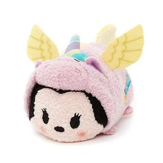 Minnie Mouse has joined the Tsum Tsum unicorn crowd! Dressed in a little pink jacket with yellow felt wings and a multi-coloured horn. Minnie fashions intricate embroidery of a multicolour shooting star! Objet Wtf, Figurine Disney, Minnie Mouse, Cute Stuffed Animals, Tsum Tsum Stuffed Animals, Tsumtsum, Disney Toys, Disney Plush, Disney Tsum Tsum