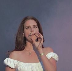 Image uploaded by pretty when i cry. Find images and videos about lana del rey, cigarette and sad girl on We Heart It - the app to get lost in what you love. Lana Del Rey Wallpaper, Lana Del Rey Smoking, Elizabeth Woolridge Grant, Elizabeth Grant, Provocateur, Moda Vintage, Vintage Vogue, Girl Smoking, Women Smoking
