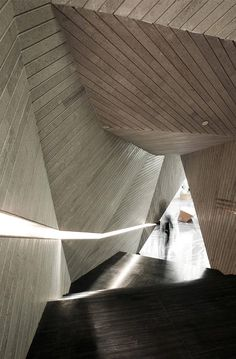 Origami Layered Architecture Concrete Asymmetrical Stairs Threaded