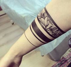 Arm Band Tattoo For Women, Ankle Band Tattoo, Cuff Tattoo, Forearm Band Tattoos, Tattoo Bracelet, Leg Tattoos, Body Art Tattoos, Tattoos For Guys, Tattoos For Women