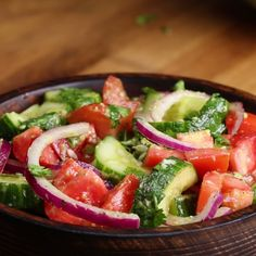 Diese Gurke, Tomate und Avocado-Salat ist super frisch und lecker – This cucumber, tomato and avocado salad is super fresh and delicious – Tasty Videos, Food Videos, Vegetarian Recipes, Cooking Recipes, Healthy Recipes, Vegetarian Dish, Cooking Games, Healthy Snacks, Healthy Eating