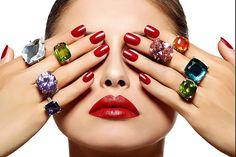 "92 Me gusta, 2 comentarios - Universal Nail Supplies (@universalnailsupplies) en Instagram: ""#redpolish #nails #nailartist #bling #fashion #beauty"""