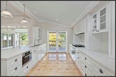 White Kitchen. So spacious!