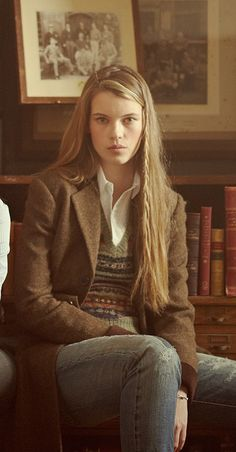 Ivy league style ~ Girls in tweed ~ Oxford cloth ~ Fair isle. Ivy league style ~ Girls in tweed ~ Oxford cloth ~ Fair isle. Estilo Fashion, Look Fashion, Ideias Fashion, Preppy Mode, Preppy Style, Country Fashion, Country Outfits, English Style Fashion, Normcore