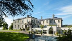 Planning your wedding starts with finding the perfect wedding venue so we've rounded up the best wedding venues in Ireland, from country houses to castles. Second Wedding Dresses, Gorgeous Wedding Dress, Posh Houses, Manor House Hotel, Manor Houses, Dog Friendly Accommodation, Older Bride, Country House Hotels, Ireland Homes
